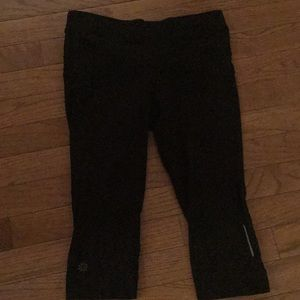 Black Athleta capris
